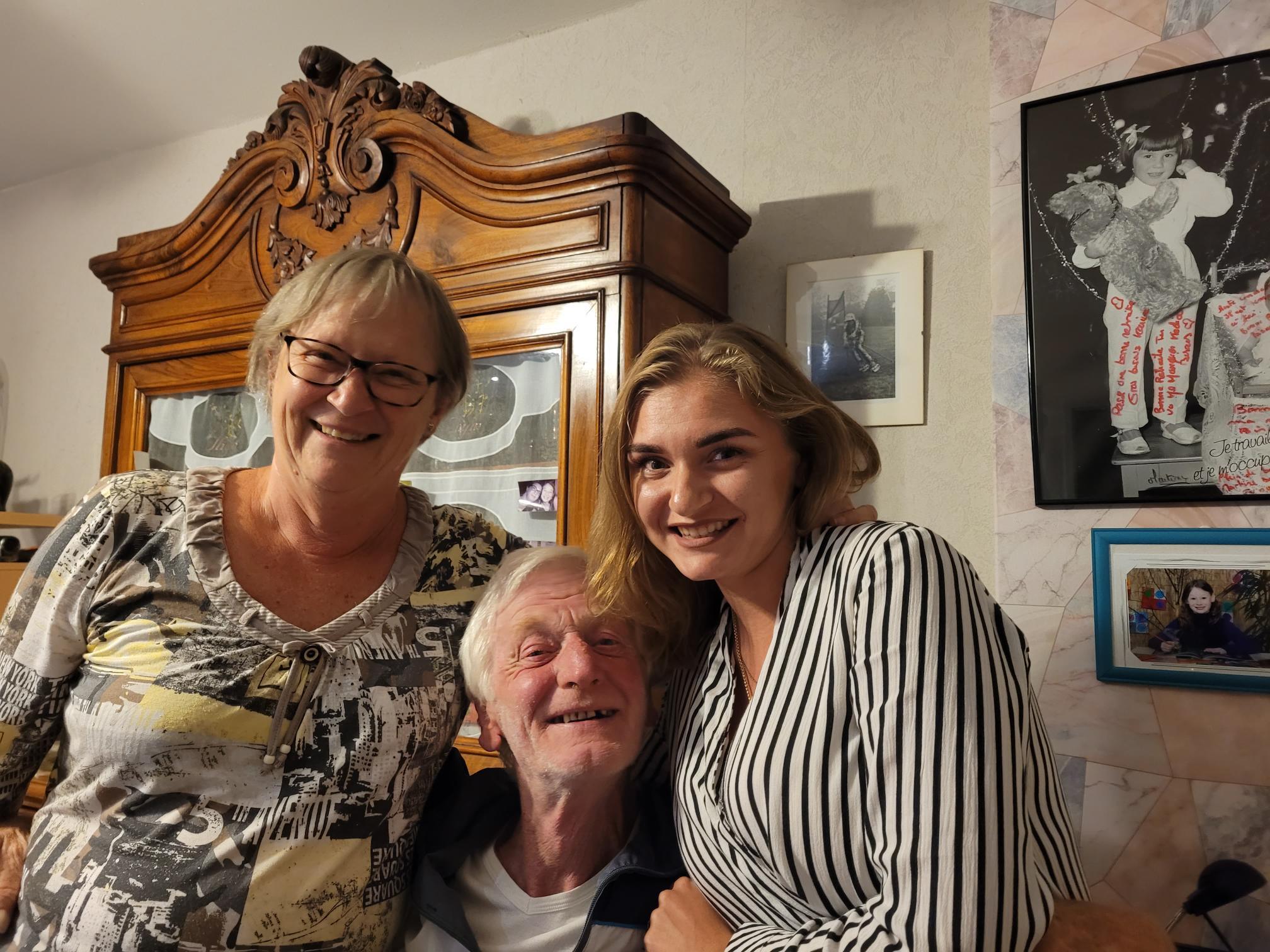 Oksana avec sa famille d'accueil