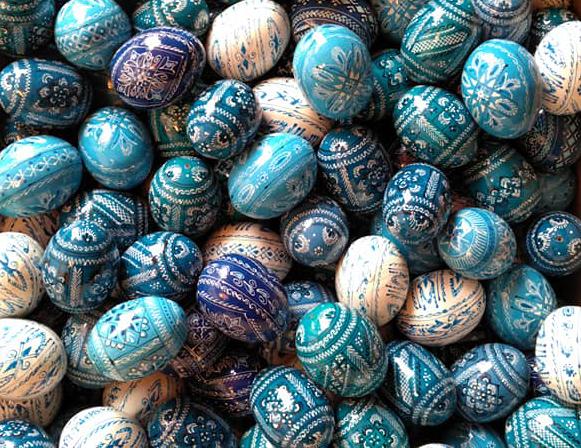 Pisanki bleus